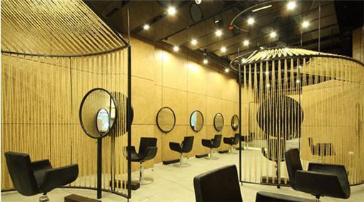 美发店店面设计的灯光效果自然也会被考虑到位图片图片